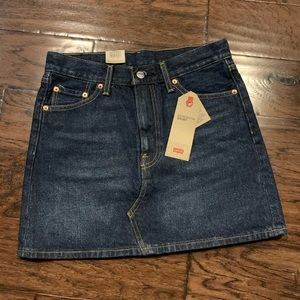 NWT Levi's Deconstructed Skirt